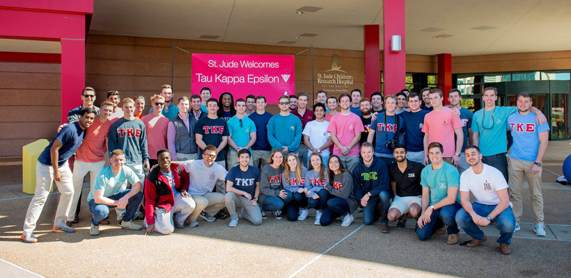 Xi-Omega Tekes at Virginia Tech Prepare for TKE Week